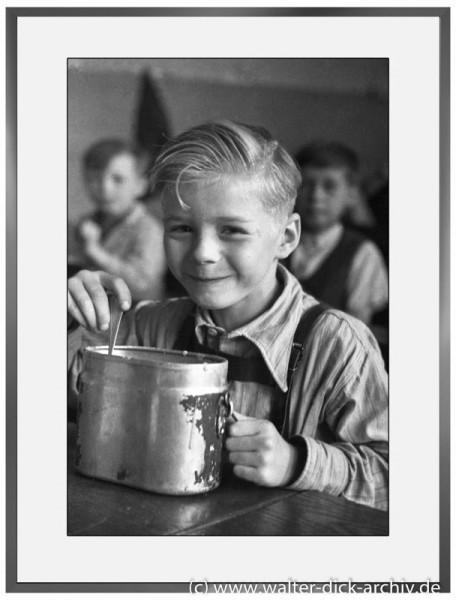 E08 - Schulspeisung 1946