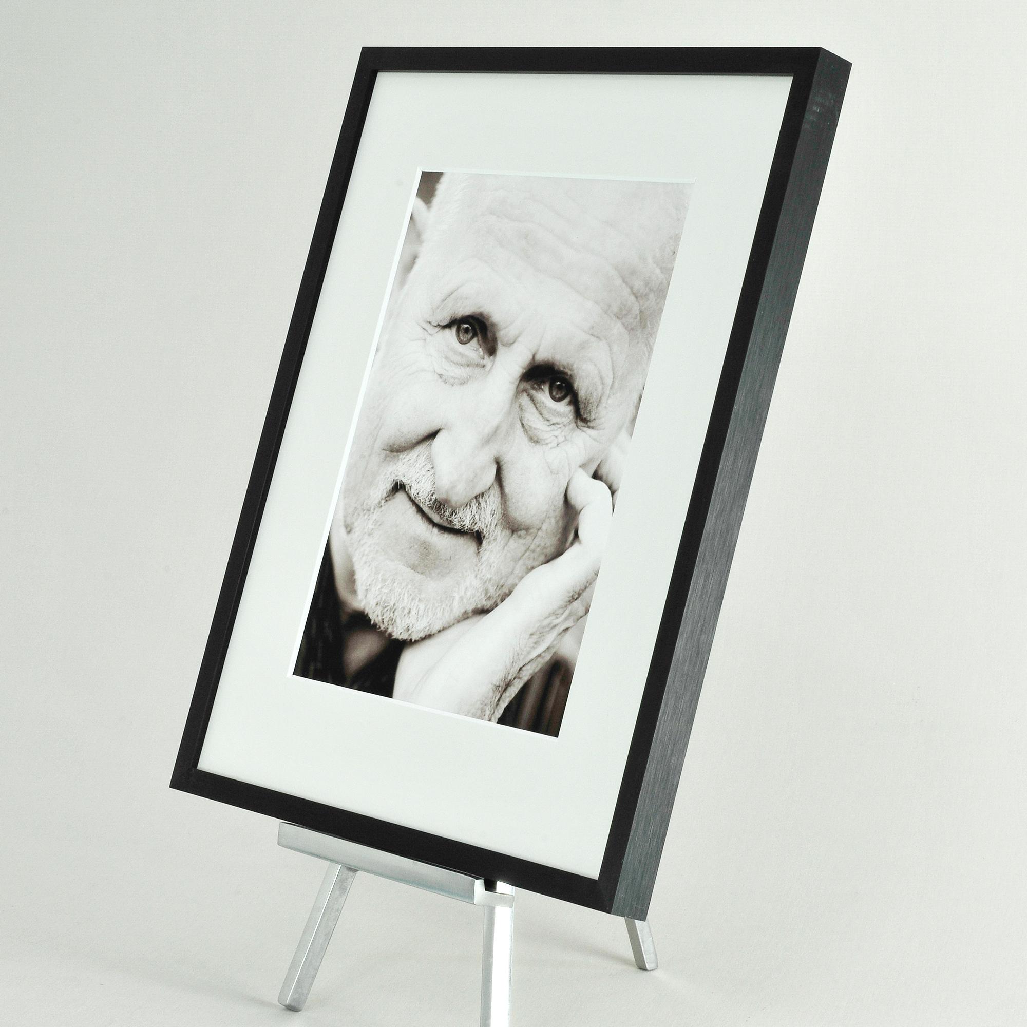 Alu Trauerrahmen Nielsen C2 Portrait | Bilderrahmenwerk